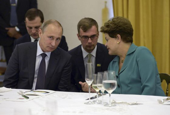 El presidente ruso Vladimir Putin y la brasileña Dilma Rouseff el domingo en Río de Janeiro