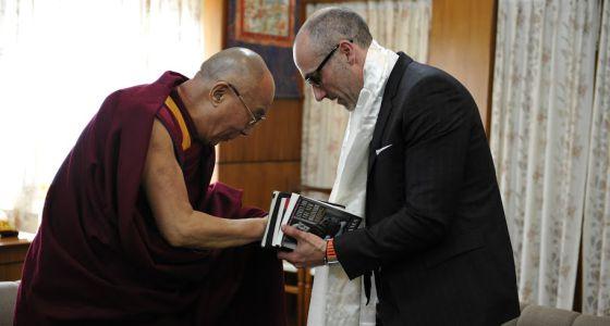 Arthur Brooks y el Dalái Lama, en febrero pasado en Washington.