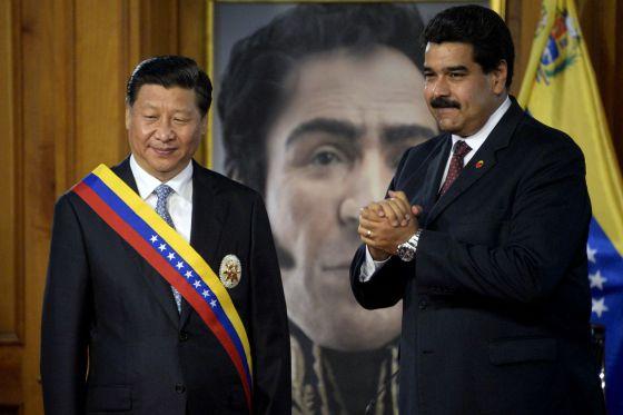 El presidente chino Xi con Nicolás Maduro en Miraflores