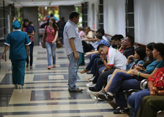 The emergency room at the Caracas Medical Center.
