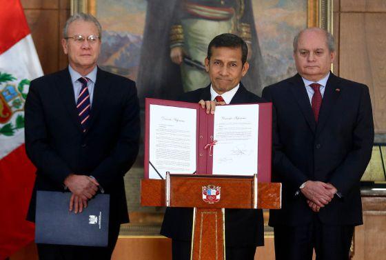 Chile reacciona con molestia por el nuevo mapa presentado por Perú
