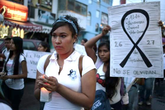 Manifestación para exigir el regreso de los 57 estudiantes que desaparecieron el 26 de septiembre