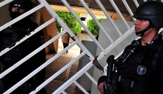 Todos bajo sospecha en Iguala
