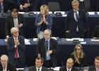 La mitad de los eurodiputados hacen labores externas