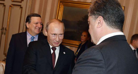 Putin mantém desafio e convoca a UE a pagar o gás da Ucrânia