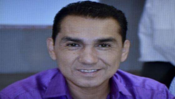 José Luis Abarca, alcalde de Iguala, en busca y captura.