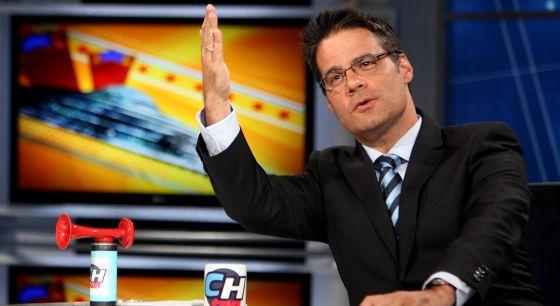 El locutor y animador venezolano Luis Chataing en el set de su antiguo programa.