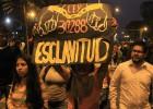 Miles de jóvenes protestan en Perú contra la nueva ley laboral juvenil