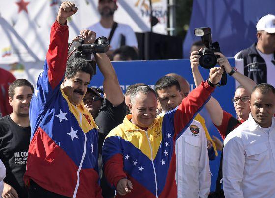 Nicolás Maduro, a la izquierda, y Diosdado Cabello