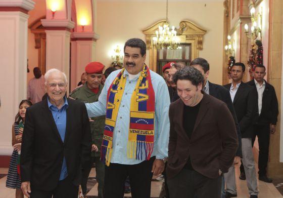 El presidente de Venezuela, junto al arquitecto Frank Gehry