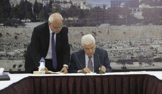Abbas assina adesão palestina ao Tribunal Penal Internacional
