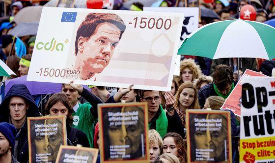 Manifestación contra los recortes del Gobierno, en noviembre en La Haya.