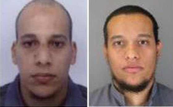 Los hermanos Chérif y Said Kouachi en una imagen difundida por la policía francesa.