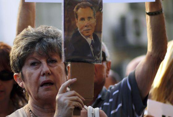 Nisman recebeu um tiro disparado a um centímetro de distância