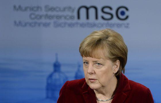 Merkel duvida que Putin faça sua parte para pacificar leste da Ucrânia