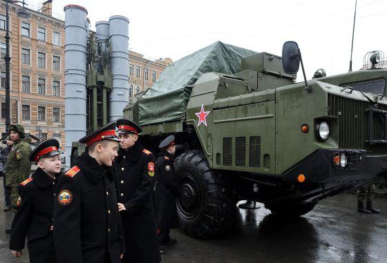 Rússia oferece mísseis ao Irã em plena negociação com o Ocidente