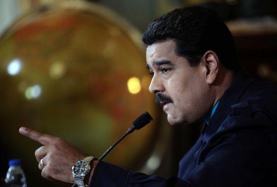 """Maduro pedirá poderes especiales """"para legislar contra el imperialismo"""""""