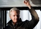 La fiscal sueca acepta interrogar a Julian Assange en Londres