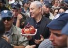 Ultrapassado nas pesquisas, Netanyahu contra-ataca