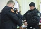 Los líderes de Ucrania abren la lucha por el control de Estado