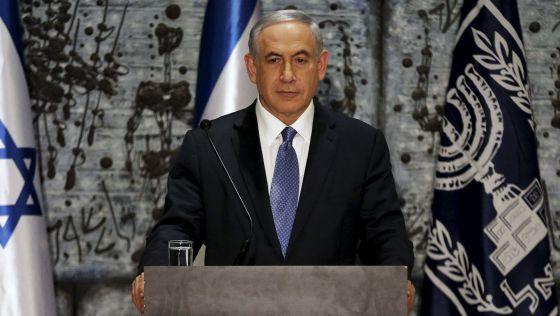 La presión internacional induce a Netanyahu a ablandar su posición