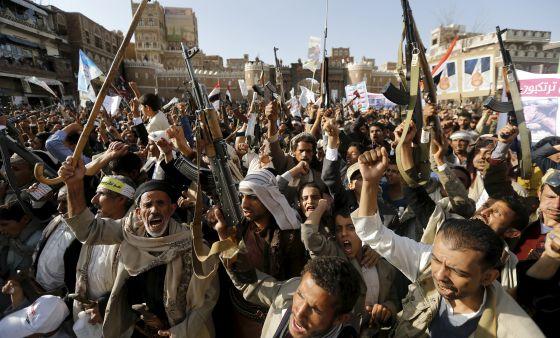 Conflicto en Yemen - Página 2 1427909991_414851_1427912685_noticia_normal