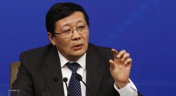 El ministro chino de Finanzas, Lou Jiwei