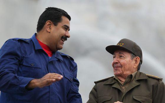 Los presidentes Nicolás Maduro y Raúl Castro en La Habana el 1 de mayo