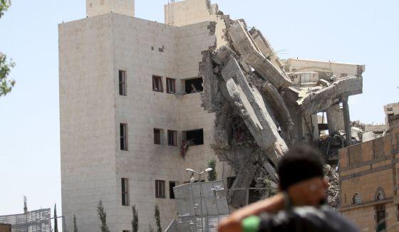Conflicto en Yemen - Página 2 1431280278_917145_1431283040_noticia_normal