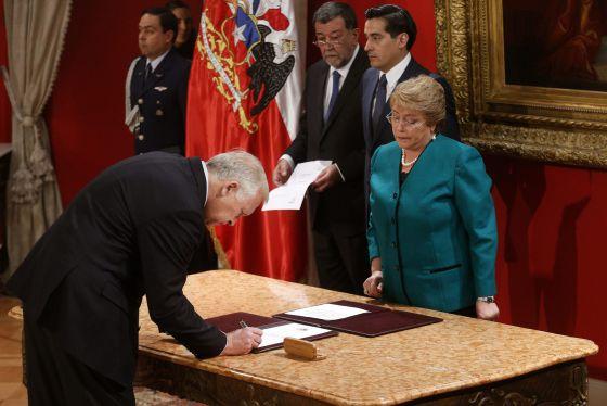 Cambio de gabinete en Chile