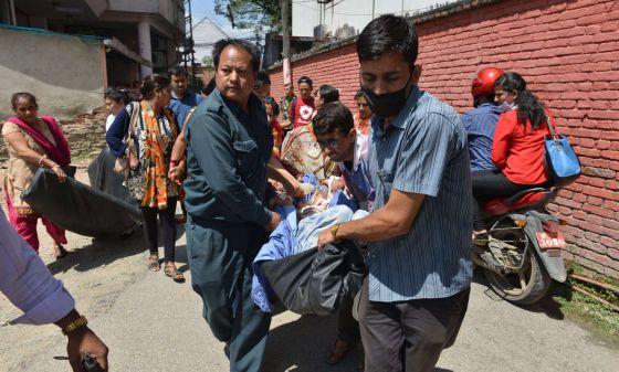 Terremoto en Nepal. 1431415899_982968_1431418794_noticia_normal