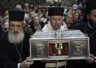 El viaje de unas reliquias de Italia a Grecia causa una polémica política