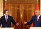 Visita histórica del primer ministro serbio a Albania