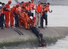 Disminuye la esperanza de hallar supervivientes en el ferry chino