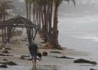 La tormenta Carlos se convierte en huracán ante las costas mexicanas
