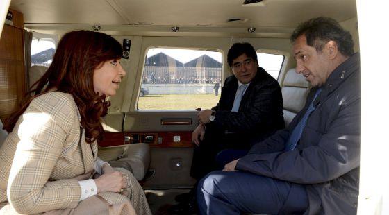 Kirchner no va en la listas pero coloca a su hijo y todos sus fieles