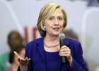"""Clinton: Los republicanos deberían decirle """"basta"""" a Trump"""
