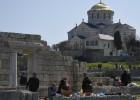 Obligado a dimitir un pope hecho director de unas ruinas en Crimea