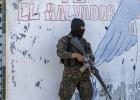 Acusado un coronel salvadoreño de vender explosivos y armas