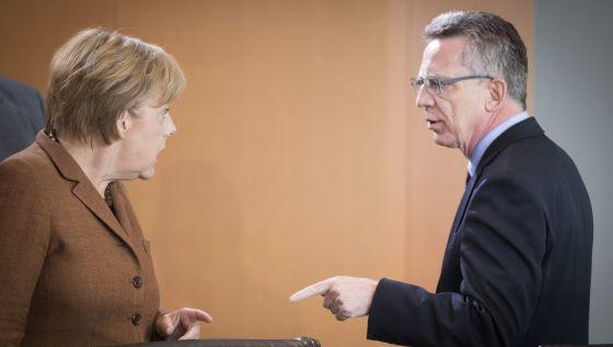 Refugiados el ministro del interior alem n critica a for Nombre del ministro del interior actual