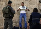 Israel bloquea barrios palestinos de Jerusalén por temor a otra Intifada