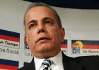 El opositor venezolano Manuel Rosales, detenido a su regreso
