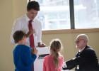 Canadá acude a votar entre la continuidad o el cambio