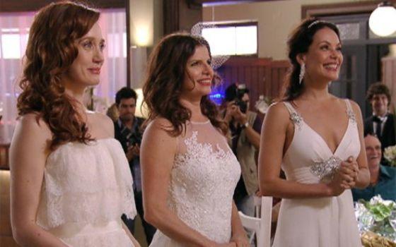 Las tres novias que desafían el modelo de 'familia tradicional brasileña'