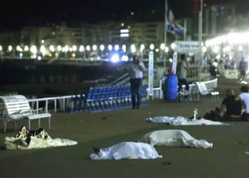 Atentado en Niza: el gobierno francés eleva a 84 muertos el ataque terrorista con un camión