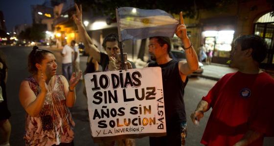 Una protesta contra los apagones en Buenos Aires, en diciembre de 2013.