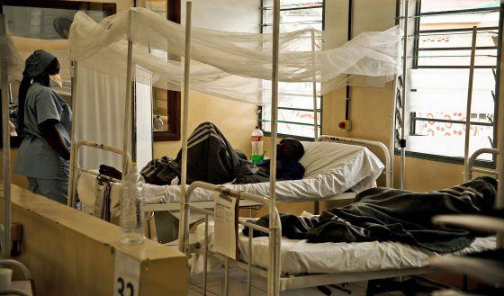 Centro de tratamiento del VIH de Médicos sin Fronteras en Lingana