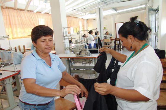 Taller de costura en Colombia