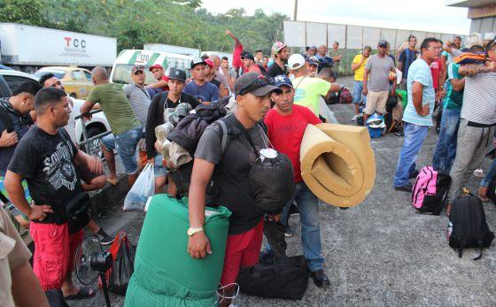 Un campamento de inmigrantes entre Panamá y Costa Rica