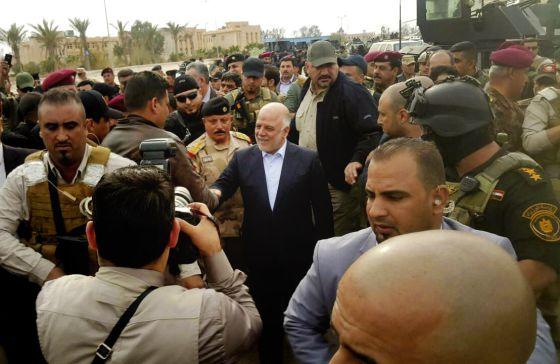 El primer ministro Al Abadi visita Ramadi